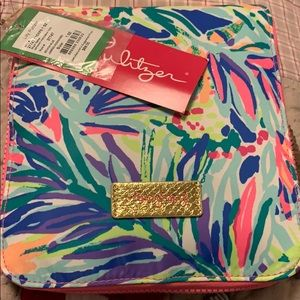 Lilly Pulitzer get away packable tote